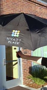 Hyatt Place op maat gemaakte paraplu's